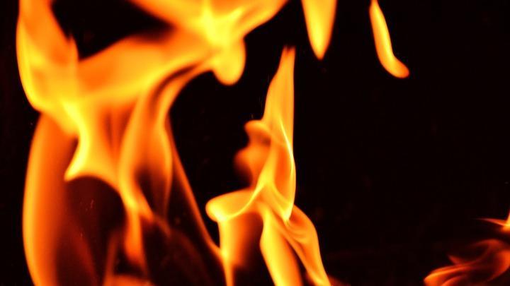 Саратовская квартира чуть не сгорела из-за неисправного холодильника
