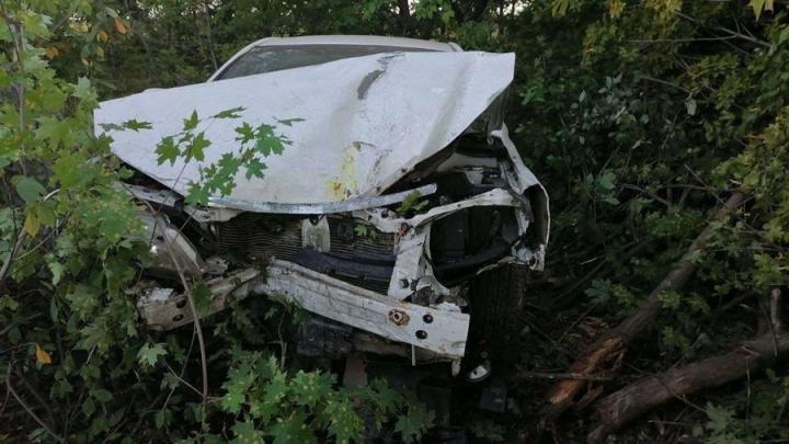 Автоледи улетела в кювет в Лысогорском районе и попала в больницу