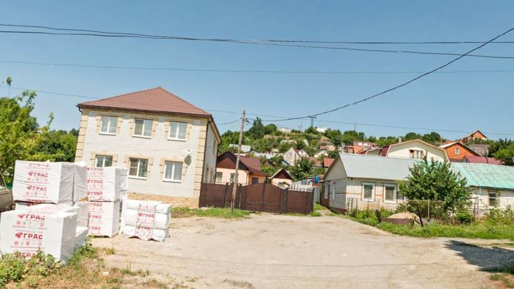 На трех улицах в Кировском районе Саратова отключат холодную воду