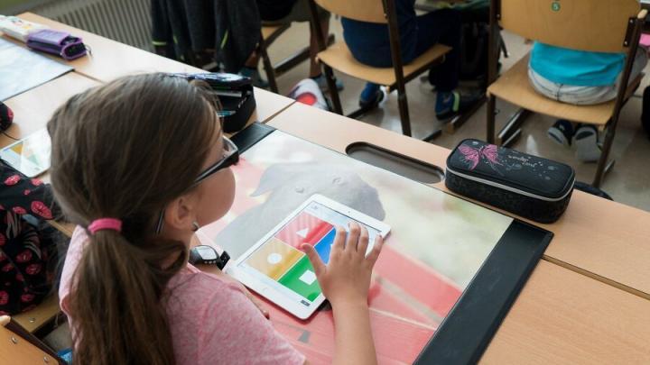 В Саратовской области закрылись две школы и открылись две новые
