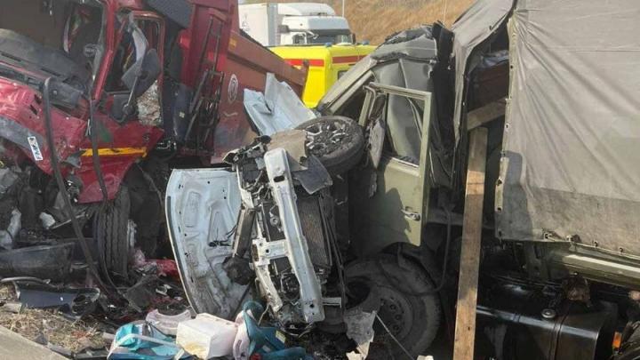 Четыре человека погибли в аварии под Вольском