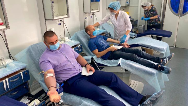 В Саратовском филиале Т Плюс прошла донорская акция «Мы с тобой одной крови»