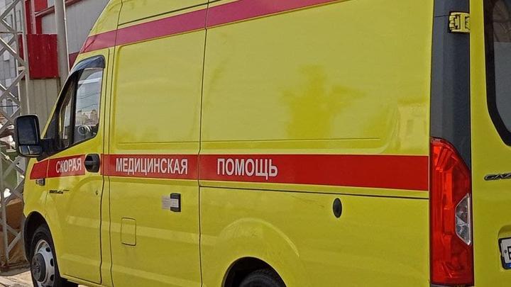 Три отечественных авто столкнулись на Лесозаводской в Энгельсе: пострадала женщина