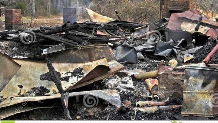 В Заводском районе из-за старой электропроводки сгорел дом