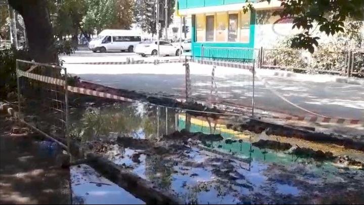 Саратовцев возмущает недельный потоп на Рахова