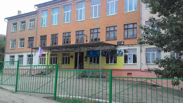 В двух школах Заводского района построят современные стадионы