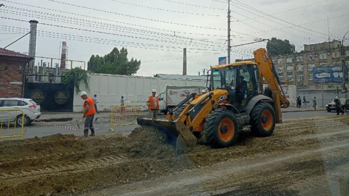 На ремонт дорог в Саратове выделено еще 9,4 миллиона рублей