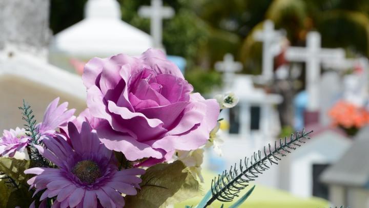 Содержание кладбищ Энгельсского района обойдется в два миллиона рублей