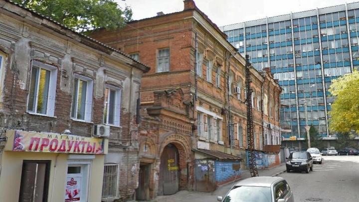 В Саратове разрабатывают проекты для реставрации двух памятников