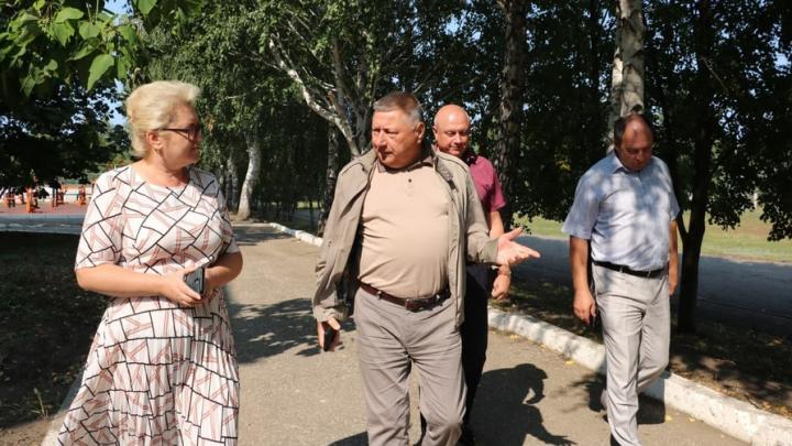 Александр Романов посетил школы Балтайского района