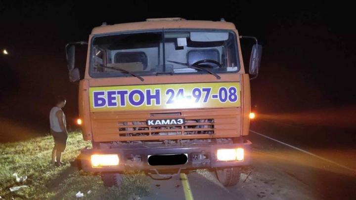 ДТП в Татищевском районе: водитель бетономешалки насмерть сбит иномаркой