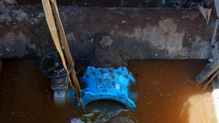 Три района Саратова на весь день остались без воды