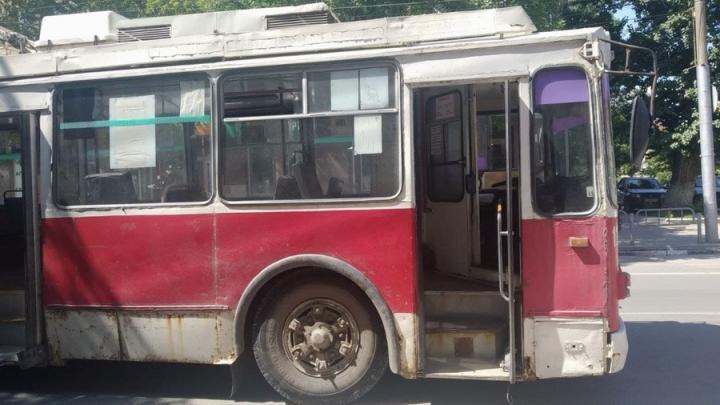 С сегодняшнего дня 10-й троллейбус следует по новому маршруту