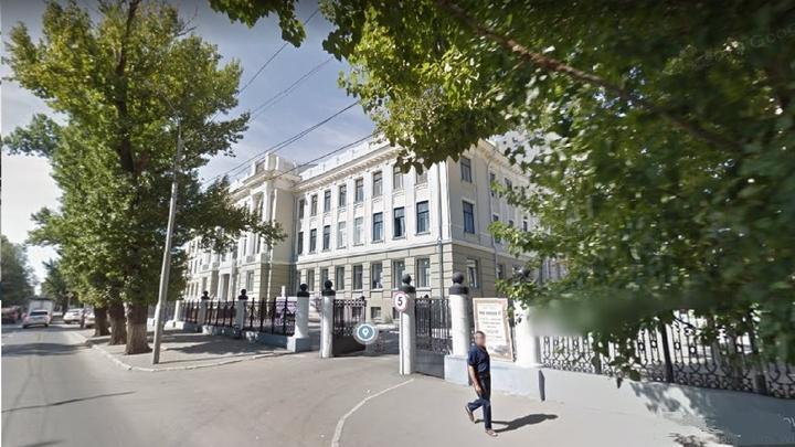 В Саратове оштрафован подрядчик за ремонт 5-го корпуса СГУ без лицензии