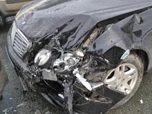 """В столкновении """"Мерседеса"""" и грузовика пострадала дошкольница"""