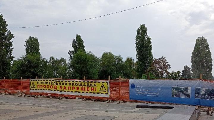 Губернатор не нашел рабочих на набережной Саратова