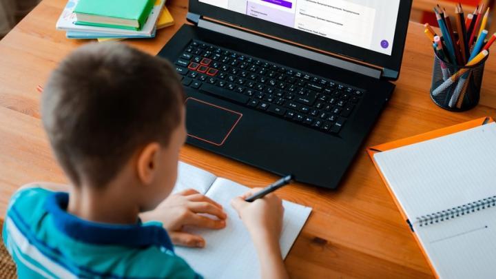 Как помочь ребенку адаптироваться к учебным нагрузкам