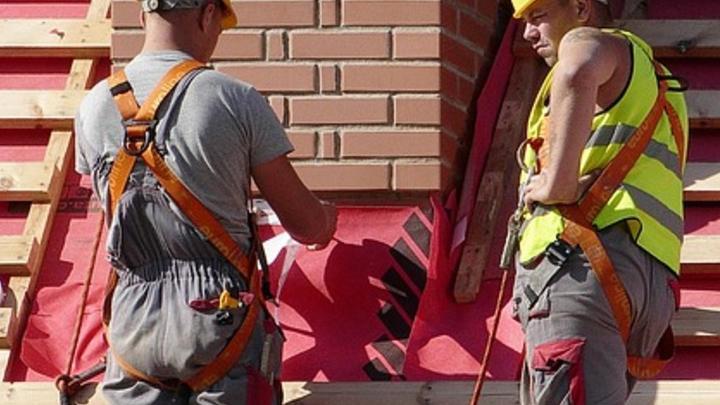 Поликлинику в Калининске отремонтируют за 64 миллиона