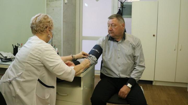 Александр Романов сделал прививку от гриппа