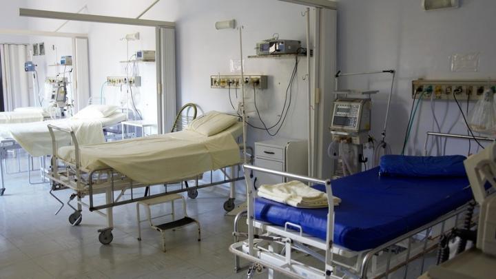 20 привитых пациентов умерли от коронавируса в Саратовской области