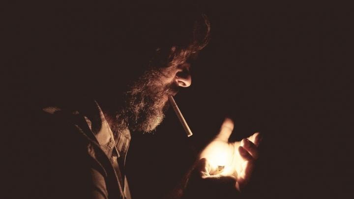 Курильщик из Вольска чуть не спалил трехкомнатную квартиру