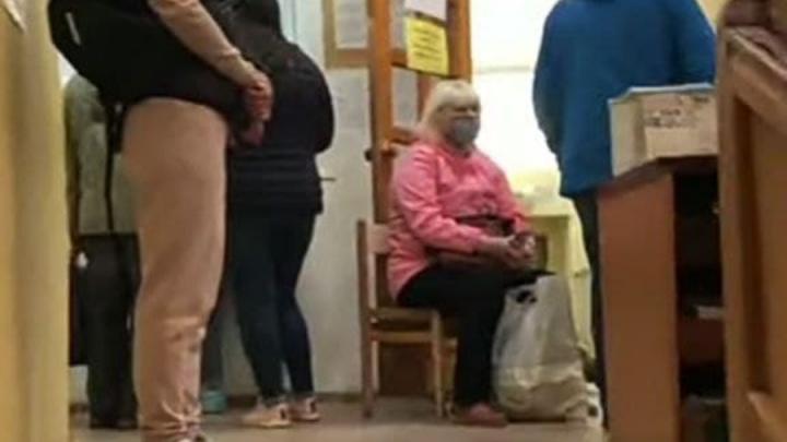 В саратовском минздраве объяснили, куда жаловаться на очереди в поликлиниках