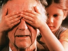 Пенсионера обвинили в растлении троих маленьких мальчиков