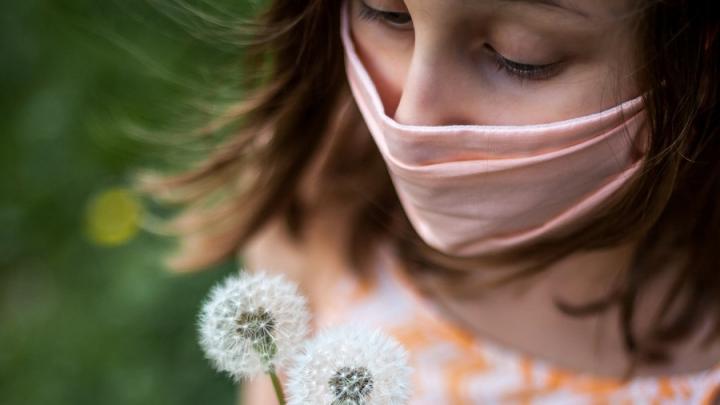 Коронавирусом стали больше болеть молодые люди и дети в Саратовской области