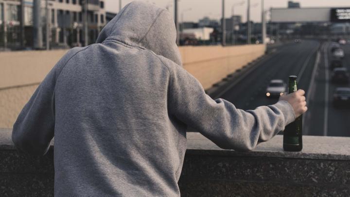 Саратовец угнал автомобиль у приятеля-собутыльника