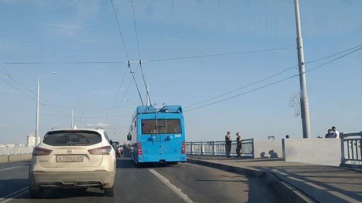 Прервано движение троллейбусов маршрута 109 «Саратов-Энгельс»