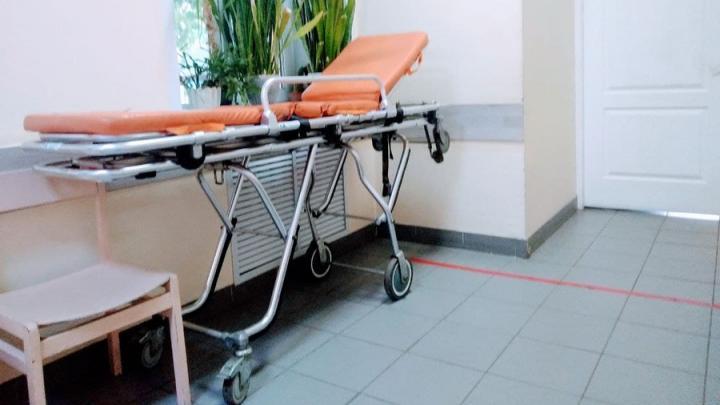 Число заболевших ковидом саратовцев за сутки перешагнуло за 300
