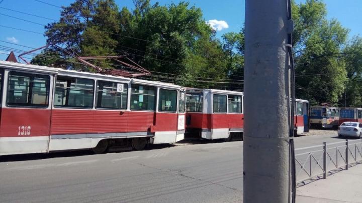 В Саратове прервано движение четырех трамвайных и одного троллейбусного маршрутов