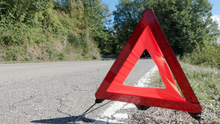 Велосипедист погиб под двумя грузовиками в Калининском районе