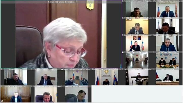 Саратовский Роспотребнадзор предложил вернуть волонтеров и усилить контроль за «контактными»