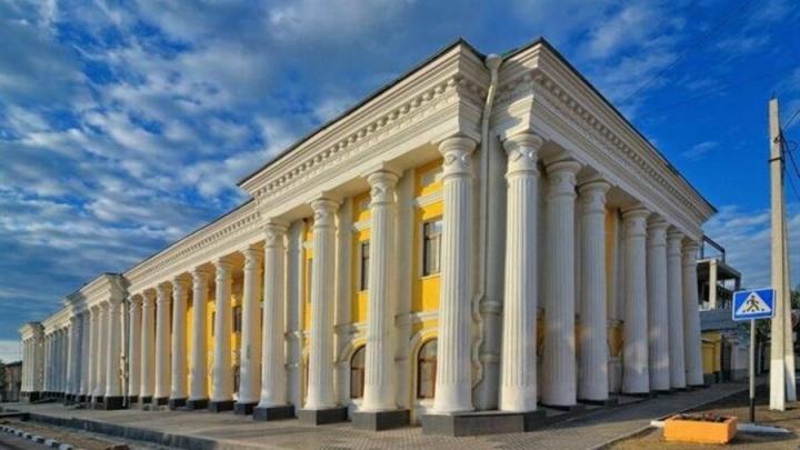 В здании Гостиного двора в Вольске заменят кровлю и отремонтируют чердак