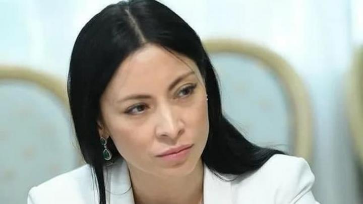 Алла Фетисова назвала действия выступающих против дистанта неадекватными