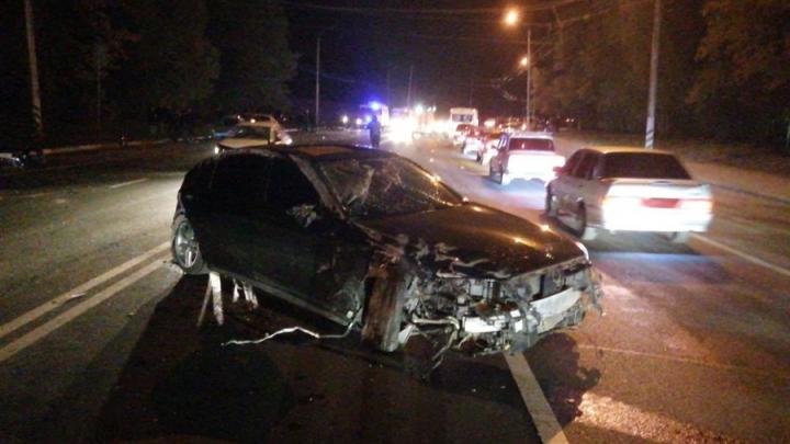 Двое мужчин разбились в аварии у Балакова