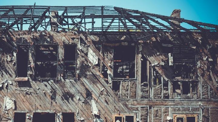 В заброшенном доме в Саратове сгорел мужчина| 18+