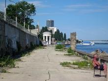 Канчер потребовал сдать вторую очередь Набережной к 1 сентября