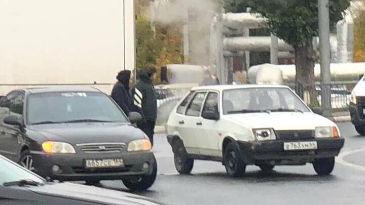 В Ленинском районе столкнулись автомобили