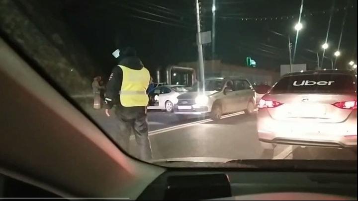 Массовое ДТП на Шехурдина: столкнулись 9 машин
