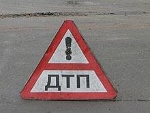 На волгоградской трассе не смогли разъехаться три автомобиля