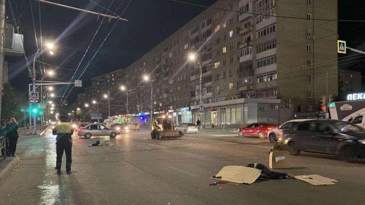 На Улешах 23-летний водитель насмерть сбил мужчину и женщину| 18+