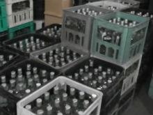 В Балакове изъяли 14 000 бутылок контрафактного алкоголя. Оперативное видео