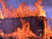 Пожар в элеваторе на Пензенской. Видеофакты