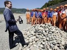 Работать в Сочи хотят 775 жителей области