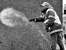 На зиму для саратовских дорог припасено 10 тысяч тонн соли