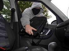 Задержан подозреваемый в битье автомобильных стекол и кражах