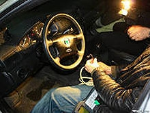 Подростки оштрафованы за угон автомобиля