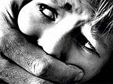 Женщина заявила об изнасиловании под мостом